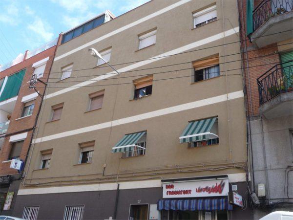 Aislamiento integral en fachada de C/ Florencia de Santa Coloma de Gramanet