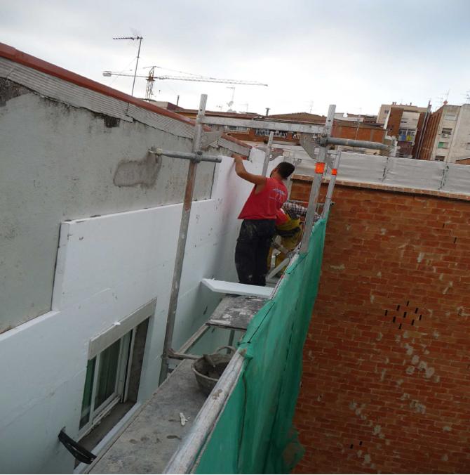 Aislamiento-integral-en-fachada-santa-coloma-de-gramanet-3