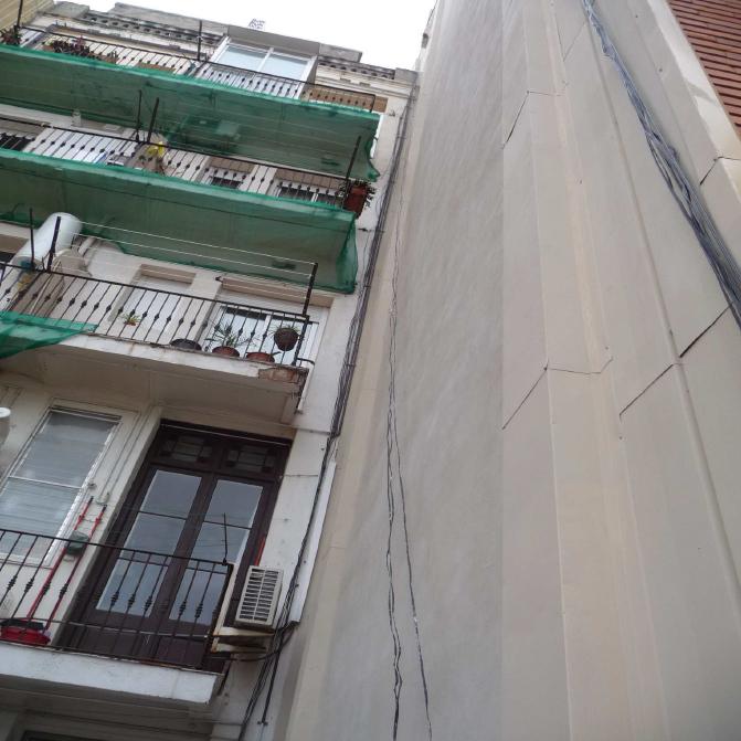 Aislamiento-integral-fachada-lateral-en-Barcelona-12