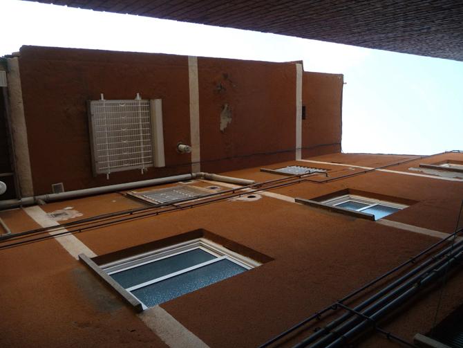 Aislamiento-y-restauracion-de-patio-de-luces-interior-santa-coloma-de-gramanet-2