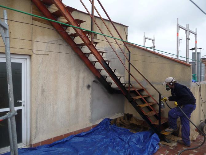 Aislamiento-y-restauracion-de-patio-de-luces-interior-santa-coloma-de-gramanet-9