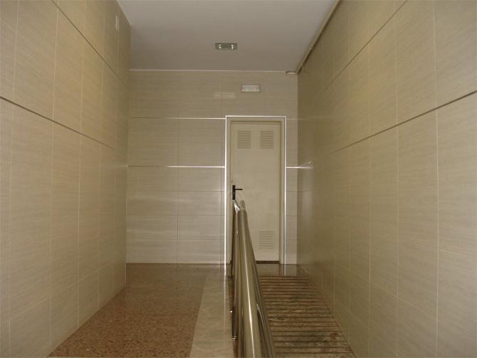 Rehabilitacion-integral-interior-vestibulo-10