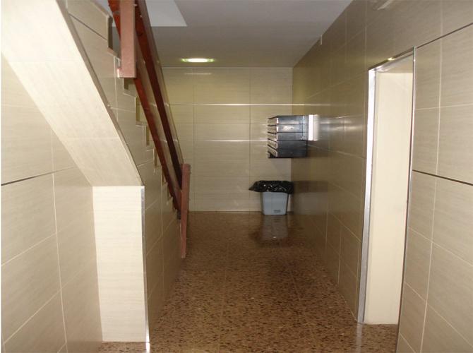 Rehabilitacion-integral-interior-vestibulo-15