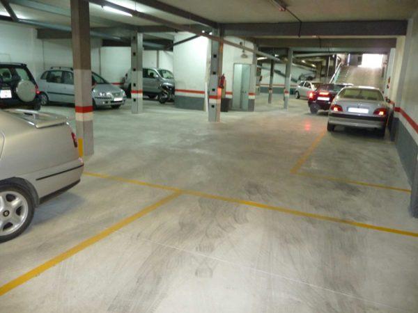 Solado parking comunitario C/ Irlanda de Santa Coloma de Gramenet