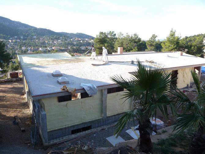 impermeabilizacion-cubierta-bajo-teja-en-urbanizacion-de-vallirana-13