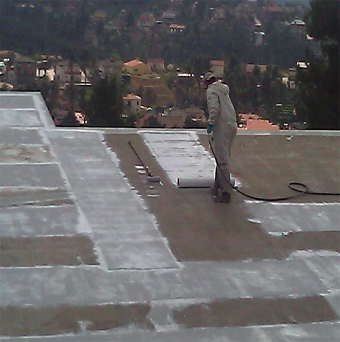 impermeabilizacion-cubierta-bajo-teja-en-urbanizacion-de-vallirana-5