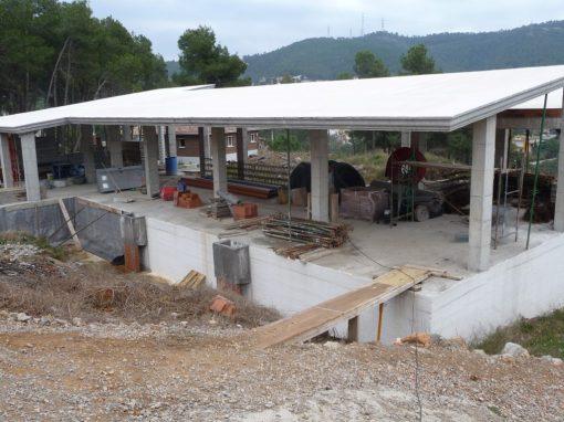 Muro de contención edificación Vallirana