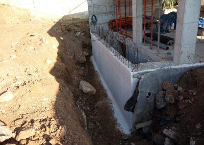 Muro-de-contencion-edificacion-Vallirana-P1030693-min